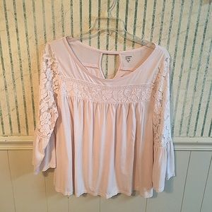 Crown & Ivy Lace Embroidered Bell Sleeved Top XL